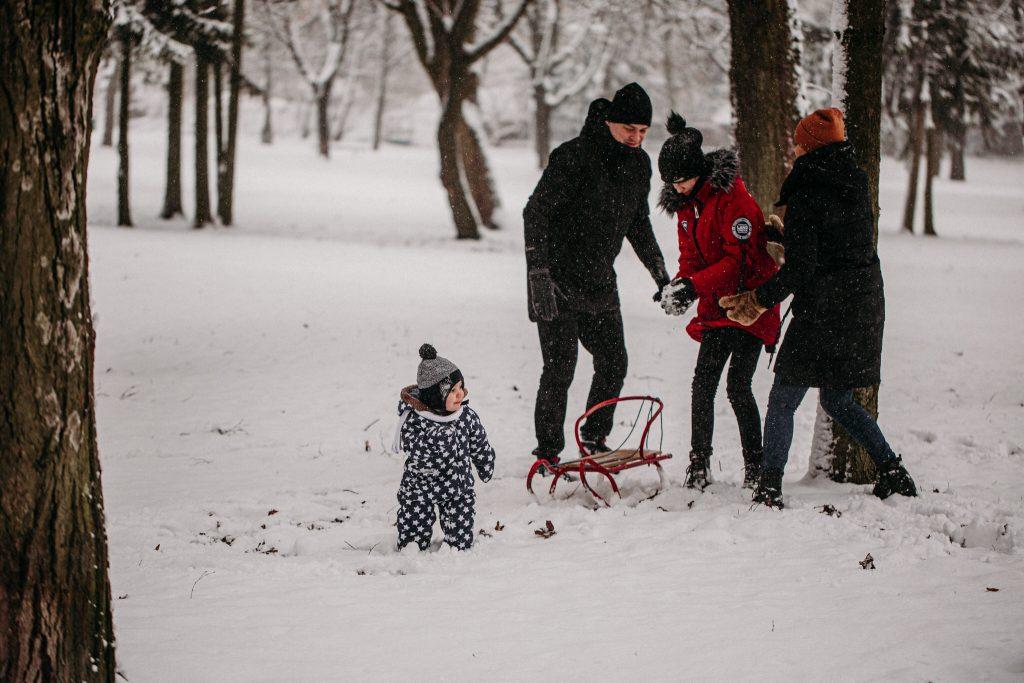 rodzinna sesja zimowa chelm 15 1024x683 - Justyna i Kamil z dziećmi – zimowa sesja rodzinna
