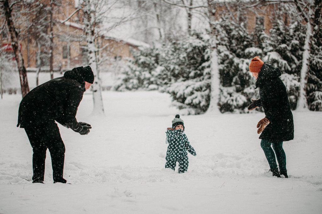 rodzinna sesja zimowa chelm 19 1024x683 - Justyna i Kamil z dziećmi – zimowa sesja rodzinna