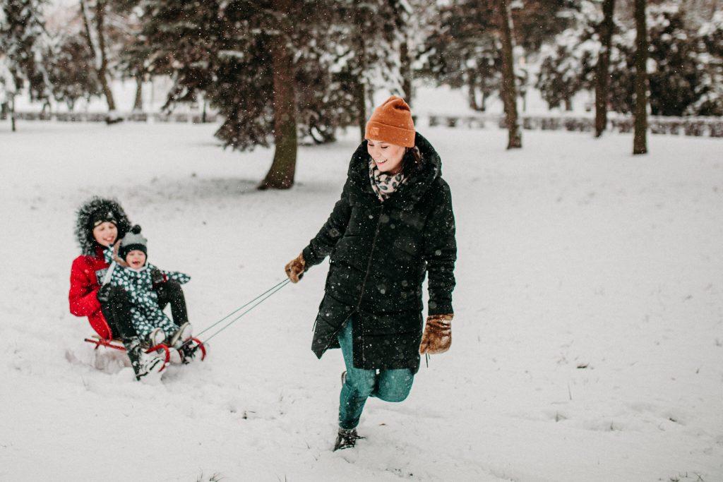 rodzinna sesja zimowa chelm 26 1024x683 - Justyna i Kamil z dziećmi – zimowa sesja rodzinna
