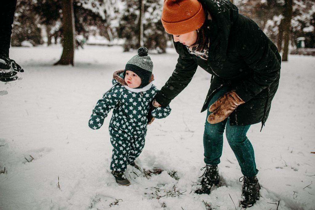 rodzinna sesja zimowa chelm 31 1024x683 - Justyna i Kamil z dziećmi – zimowa sesja rodzinna
