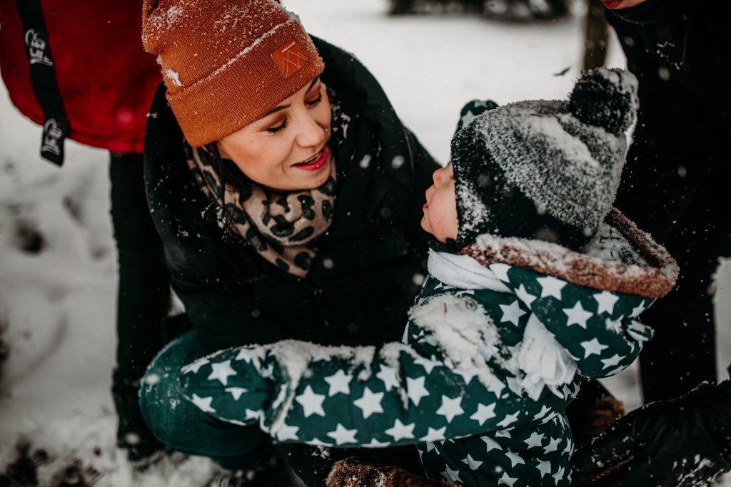 rodzinna sesja zimowa chelm 38 1024x683 - Justyna i Kamil z dziećmi – zimowa sesja rodzinna