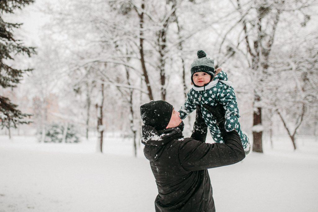 rodzinna sesja zimowa chelm 45 1024x683 - Justyna i Kamil z dziećmi – zimowa sesja rodzinna