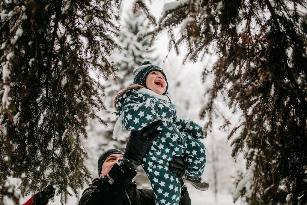 rodzinna sesja zimowa chelm 48 1024x683 - Justyna i Kamil z dziećmi – zimowa sesja rodzinna
