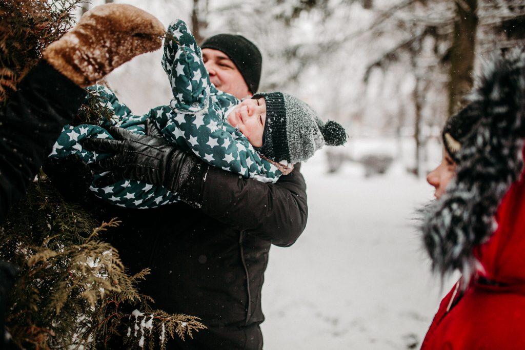 rodzinna sesja zimowa chelm 55 1024x683 - Justyna i Kamil z dziećmi – zimowa sesja rodzinna
