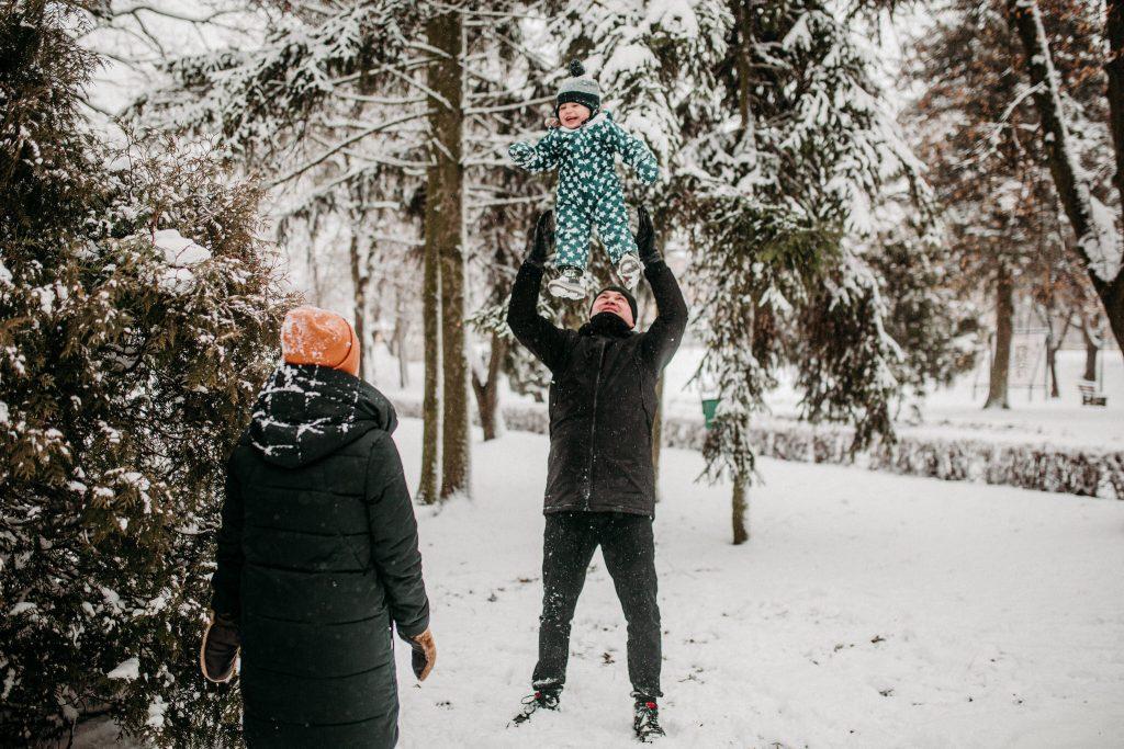 rodzinna sesja zimowa chelm 57 1024x683 - Justyna i Kamil z dziećmi – zimowa sesja rodzinna
