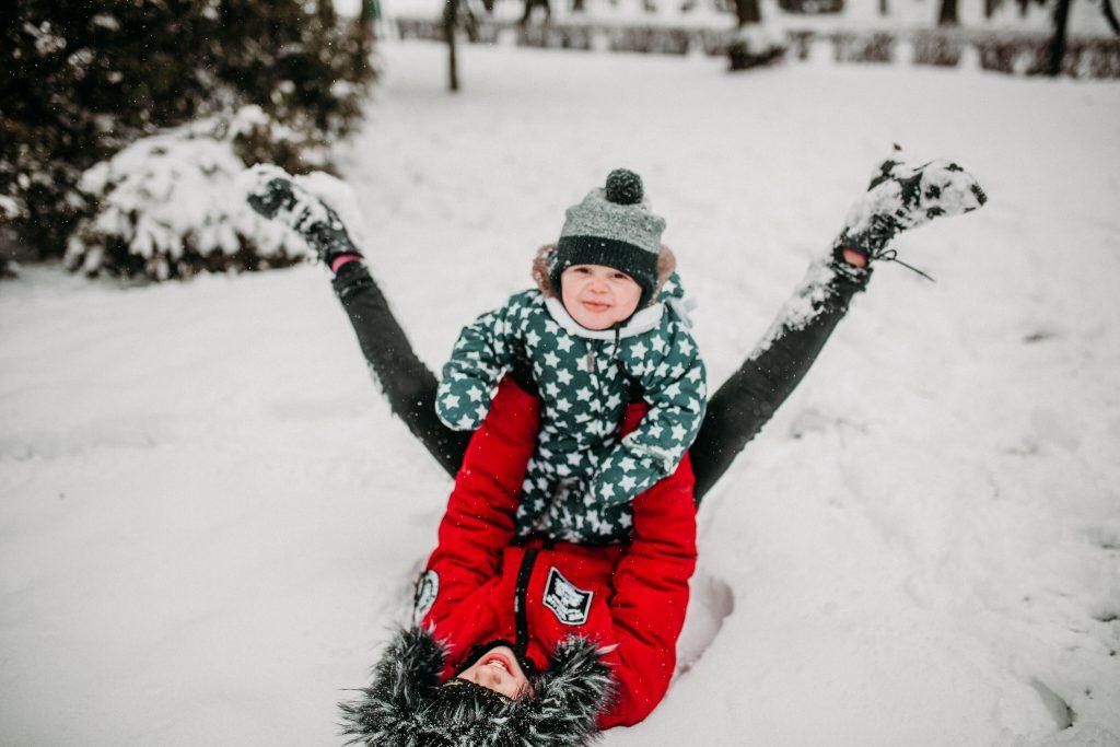 rodzinna sesja zimowa chelm 67 1024x683 - Justyna i Kamil z dziećmi – zimowa sesja rodzinna