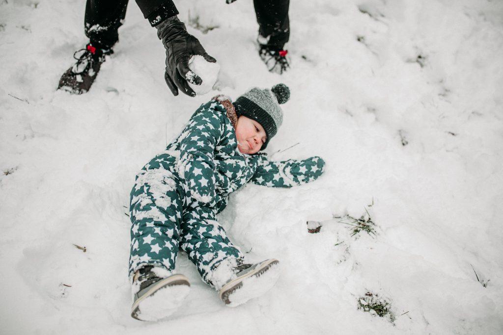 rodzinna sesja zimowa chelm 69 1024x683 - Justyna i Kamil z dziećmi – zimowa sesja rodzinna