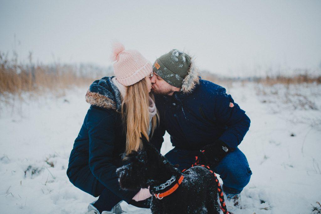 zimowa sesja zakochanych kasia daniel 15 1024x683 - Sesja zimowa zakochanej pary - Kasia i Daniel | 17.01.2021