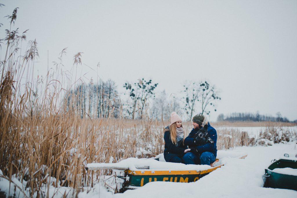 zimowa sesja zakochanych kasia daniel 16 1024x683 - Sesja zimowa zakochanej pary - Kasia i Daniel | 17.01.2021