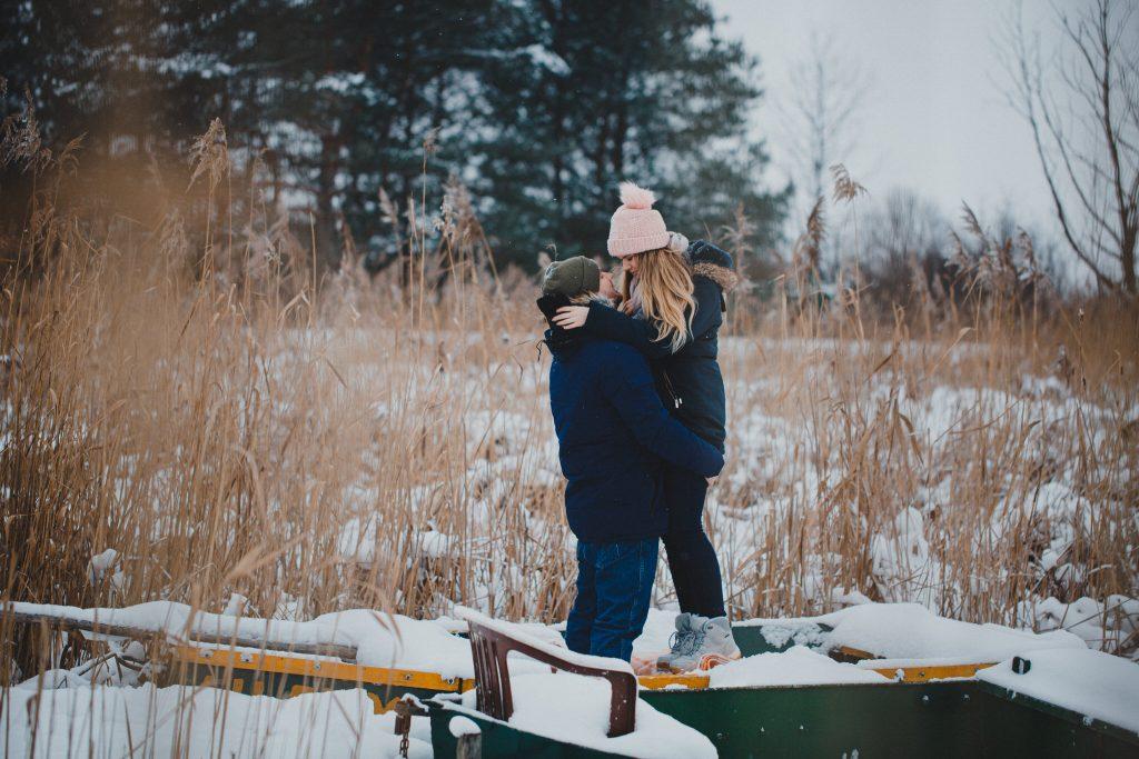 zimowa sesja zakochanych kasia daniel 31 1024x683 - Sesja zimowa zakochanej pary - Kasia i Daniel | 17.01.2021