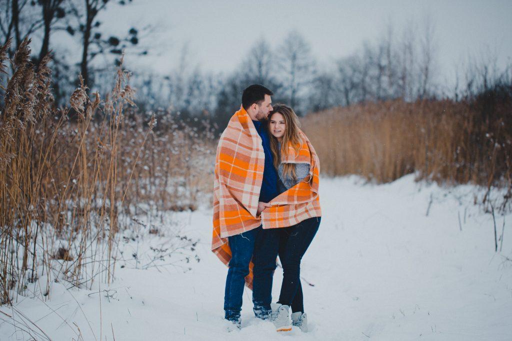 zimowa sesja zakochanych kasia daniel 38 1024x683 - Sesja zimowa zakochanej pary - Kasia i Daniel | 17.01.2021