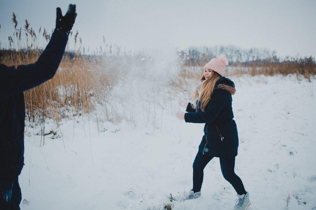 zimowa sesja zakochanych kasia daniel 4 1024x683 - Sesja zimowa zakochanej pary - Kasia i Daniel | 17.01.2021