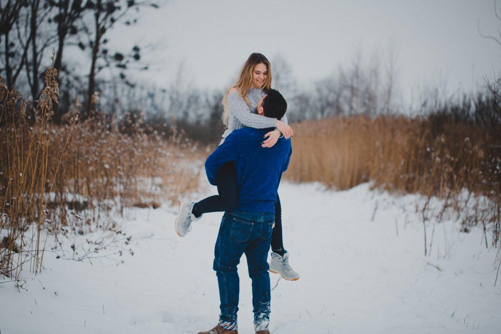 zimowa sesja zakochanych kasia daniel 59 1024x683 - Sesja zimowa zakochanej pary - Kasia i Daniel | 17.01.2021