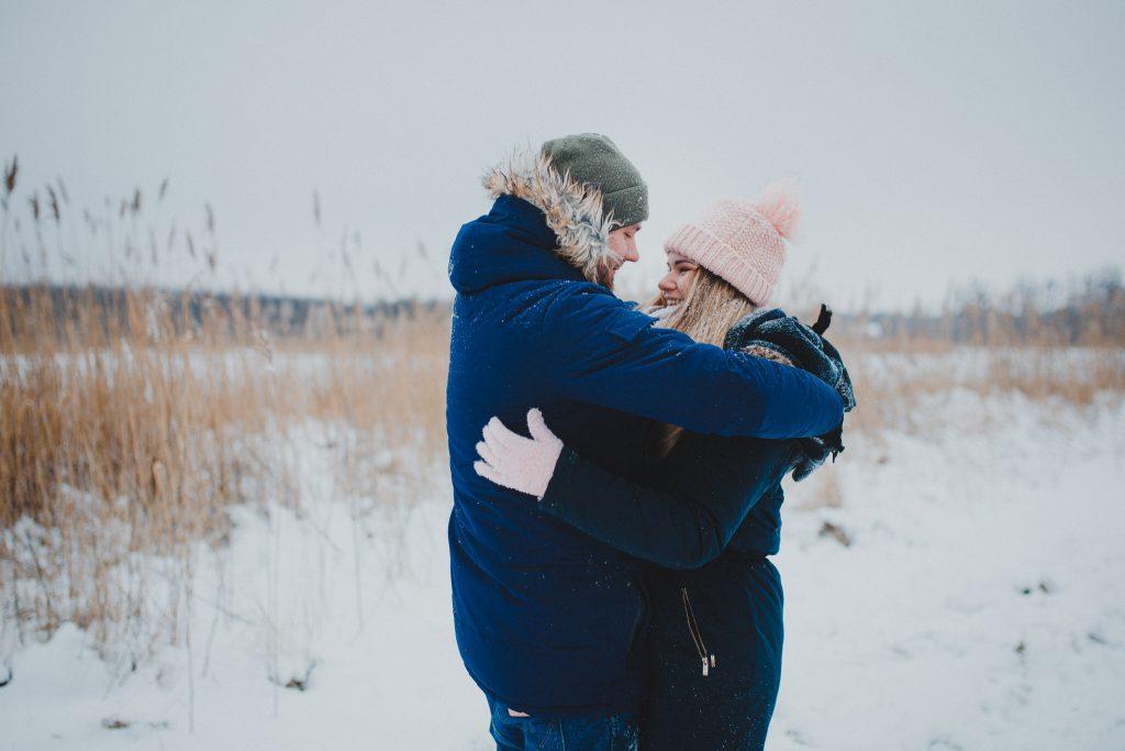 zimowa sesja zakochanych kasia daniel 6 1024x683 - Sesja zimowa zakochanej pary - Kasia i Daniel | 17.01.2021