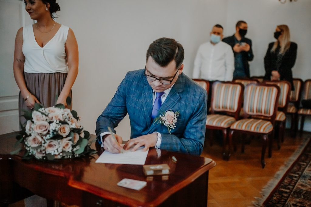 justyna kamil slub cywilny chelm 114 1024x683 - Ślub cywilny Chełm | Justyna i Kamil | 13.04.2021