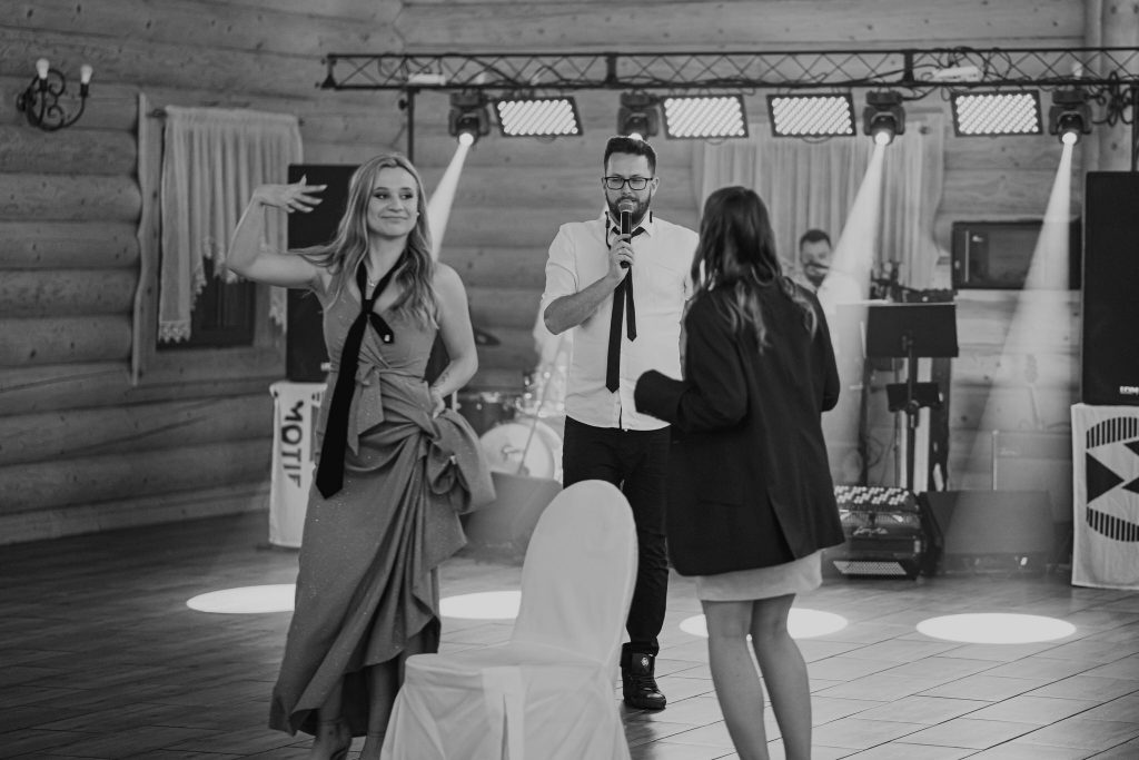 dominika jarek reportaz slubny zamosc krasnobrod 1044 1024x683 - Ślub w Zamościu. Wesele w Krasnobrodzie | Dominika i Jarek | 29.05.2021