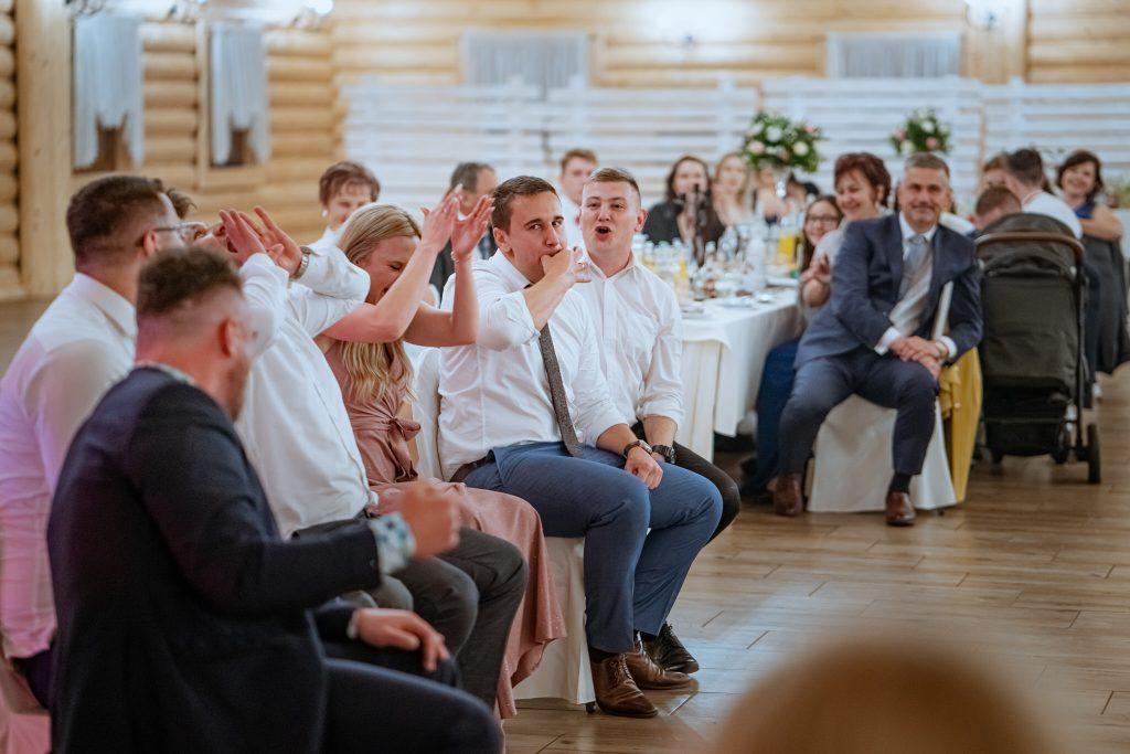 dominika jarek reportaz slubny zamosc krasnobrod 1072 1024x683 - Ślub w Zamościu. Wesele w Krasnobrodzie | Dominika i Jarek | 29.05.2021