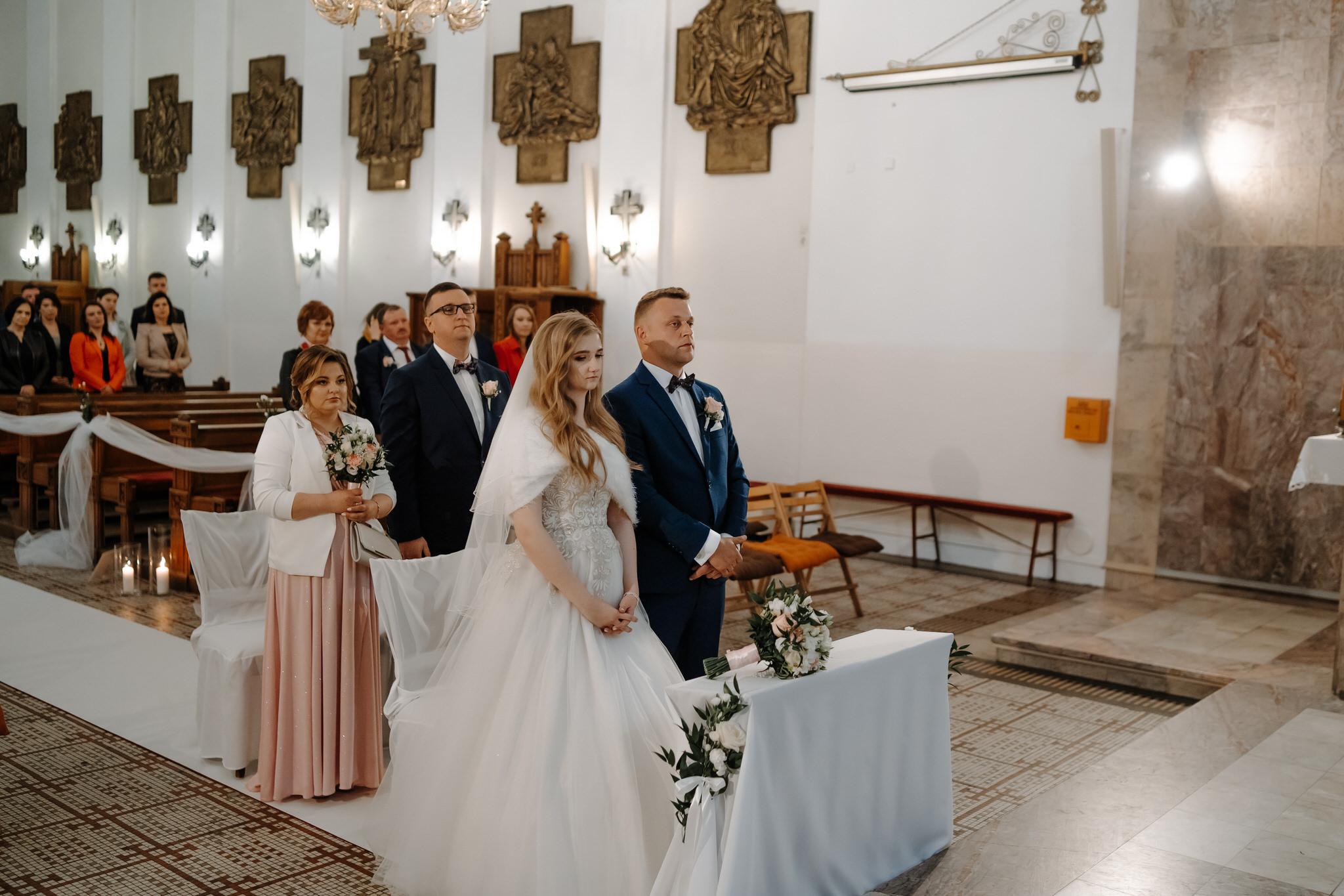 dominika jarek reportaz slubny zamosc krasnobrod 321 - Ślub w Zamościu. Wesele w Krasnobrodzie | Dominika i Jarek | 29.05.2021