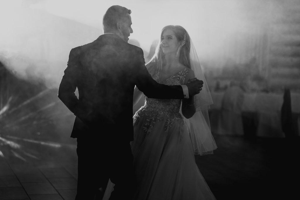 dominika jarek reportaz slubny zamosc krasnobrod 624 1024x683 - Ślub w Zamościu. Wesele w Krasnobrodzie | Dominika i Jarek | 29.05.2021