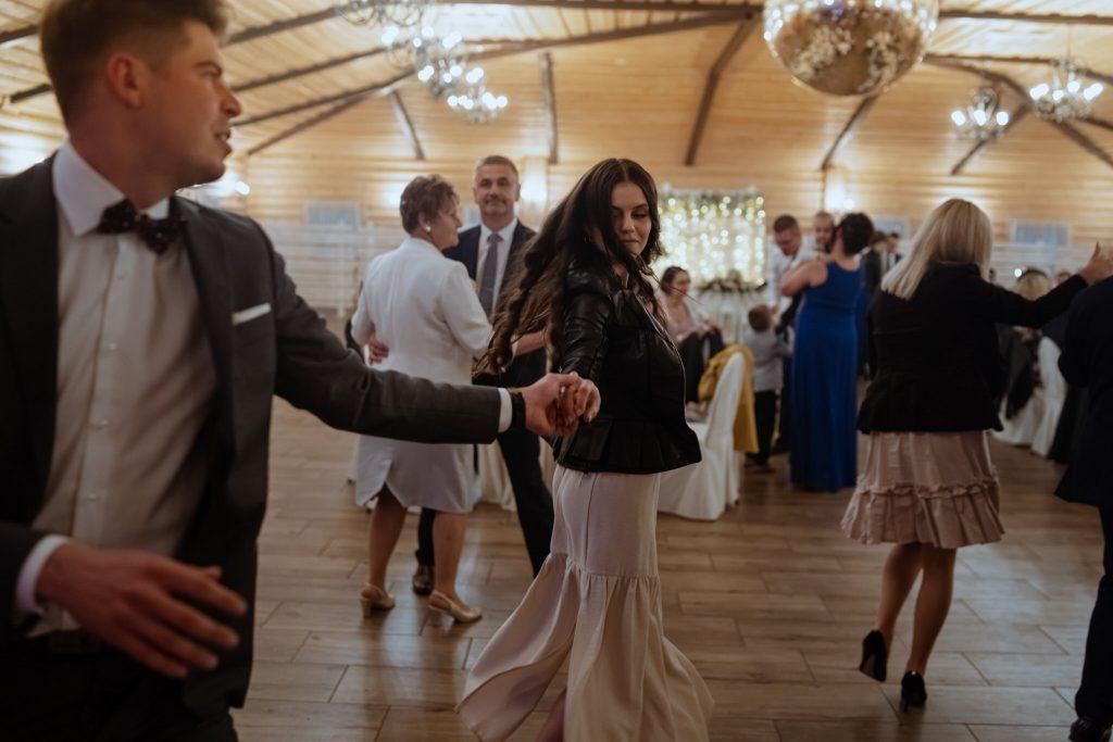 dominika jarek reportaz slubny zamosc krasnobrod 639 1024x683 - Ślub w Zamościu. Wesele w Krasnobrodzie | Dominika i Jarek | 29.05.2021