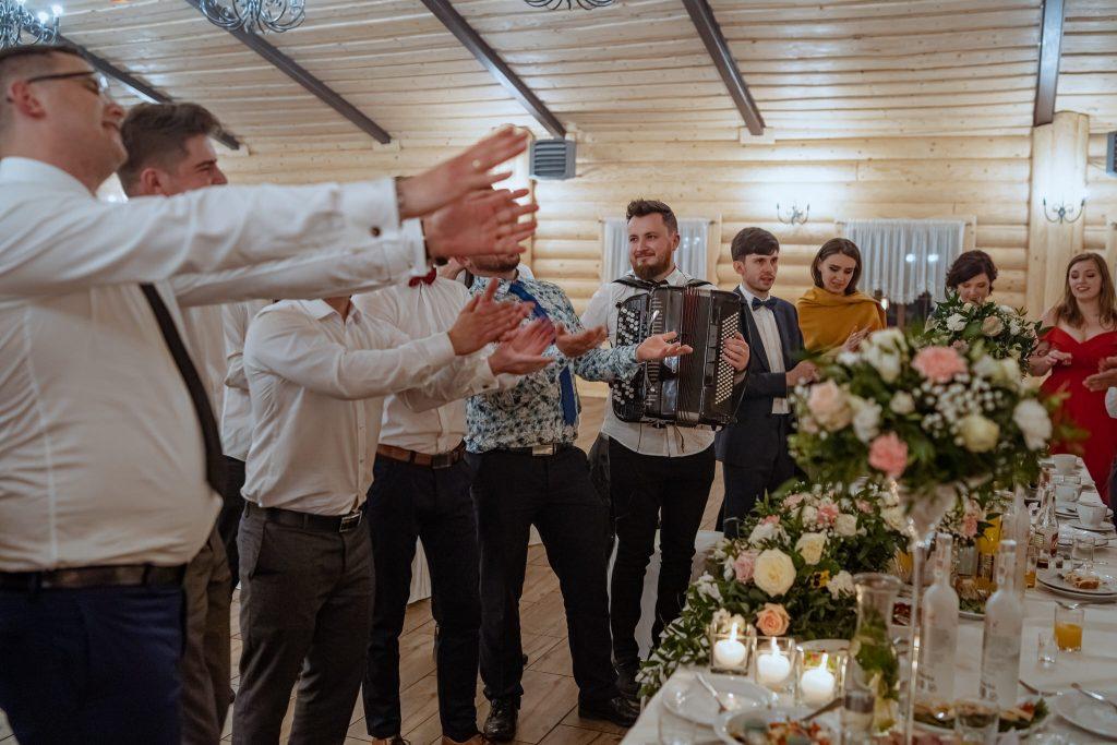 dominika jarek reportaz slubny zamosc krasnobrod 779 1024x683 - Ślub w Zamościu. Wesele w Krasnobrodzie | Dominika i Jarek | 29.05.2021