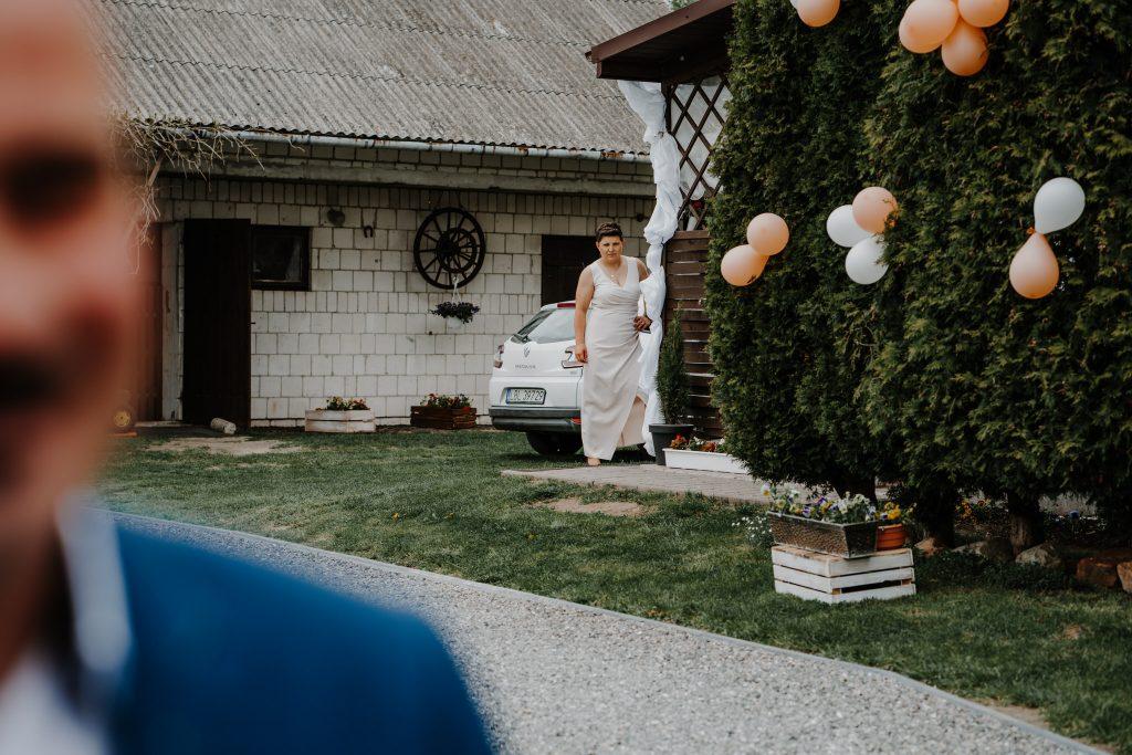 2 brama wykupiny firstlook reportaz slubny lubelskie 49 1024x683 - Wesele w stodole Biłgoraj | 15.05.2021