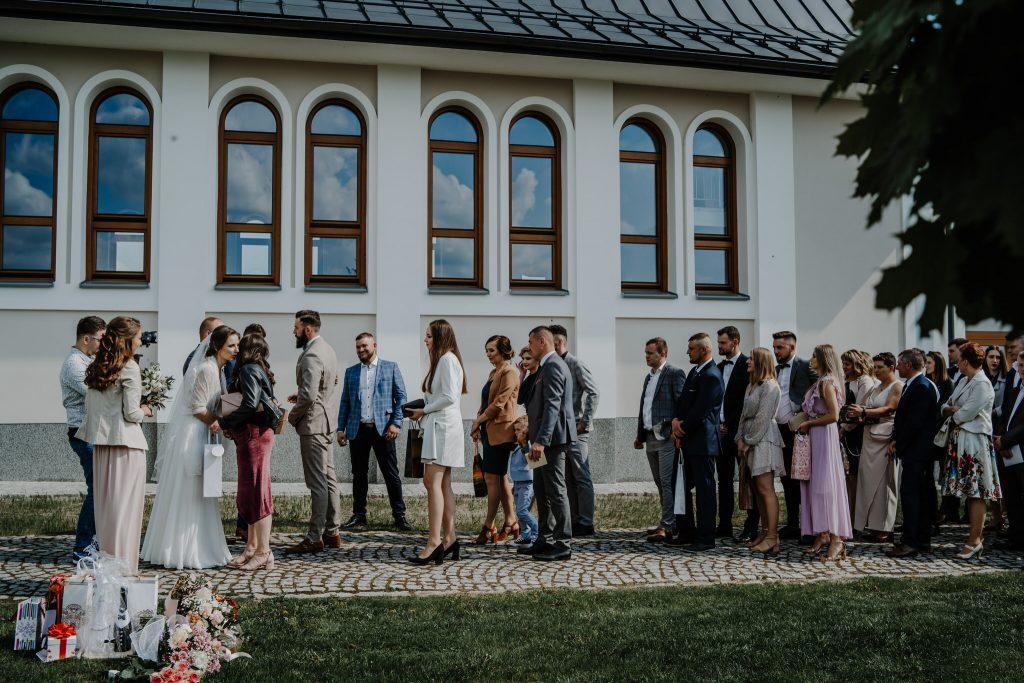 4 slub chmielek zyczenia reportaz slubny lubelskie 200 1024x683 - Wesele w stodole Biłgoraj | 15.05.2021