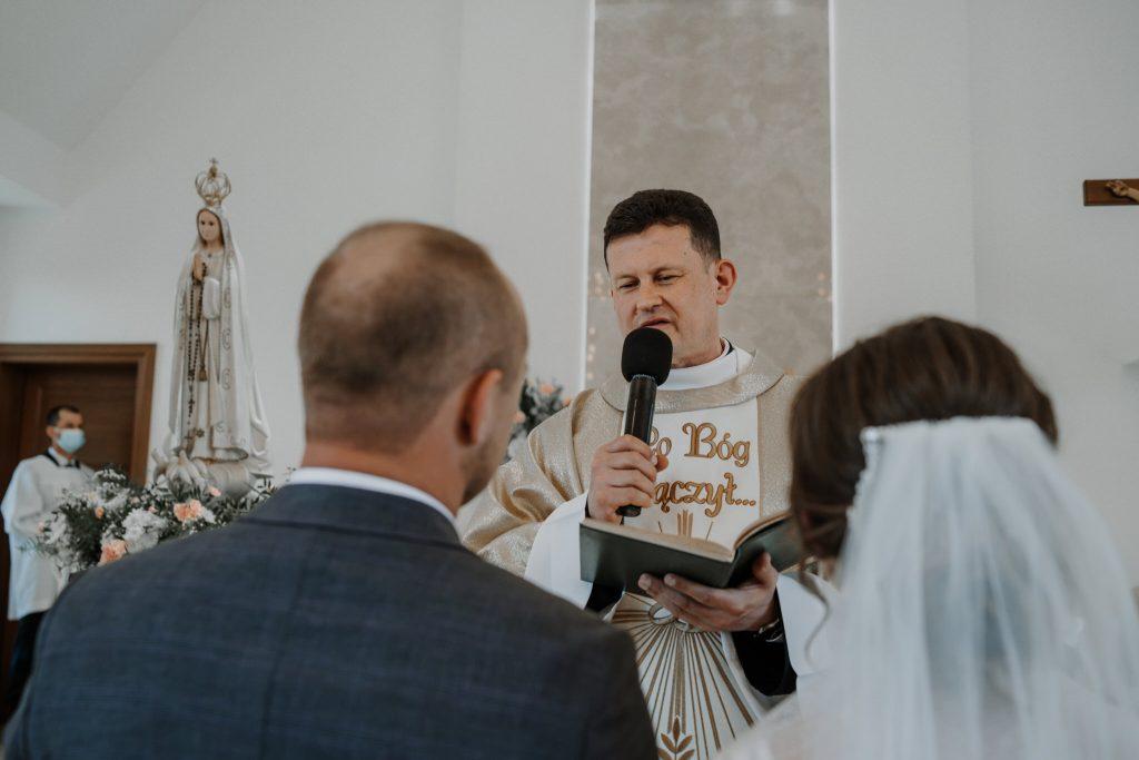 4 slub chmielek zyczenia reportaz slubny lubelskie 99 1024x683 - Wesele w stodole Biłgoraj | 15.05.2021