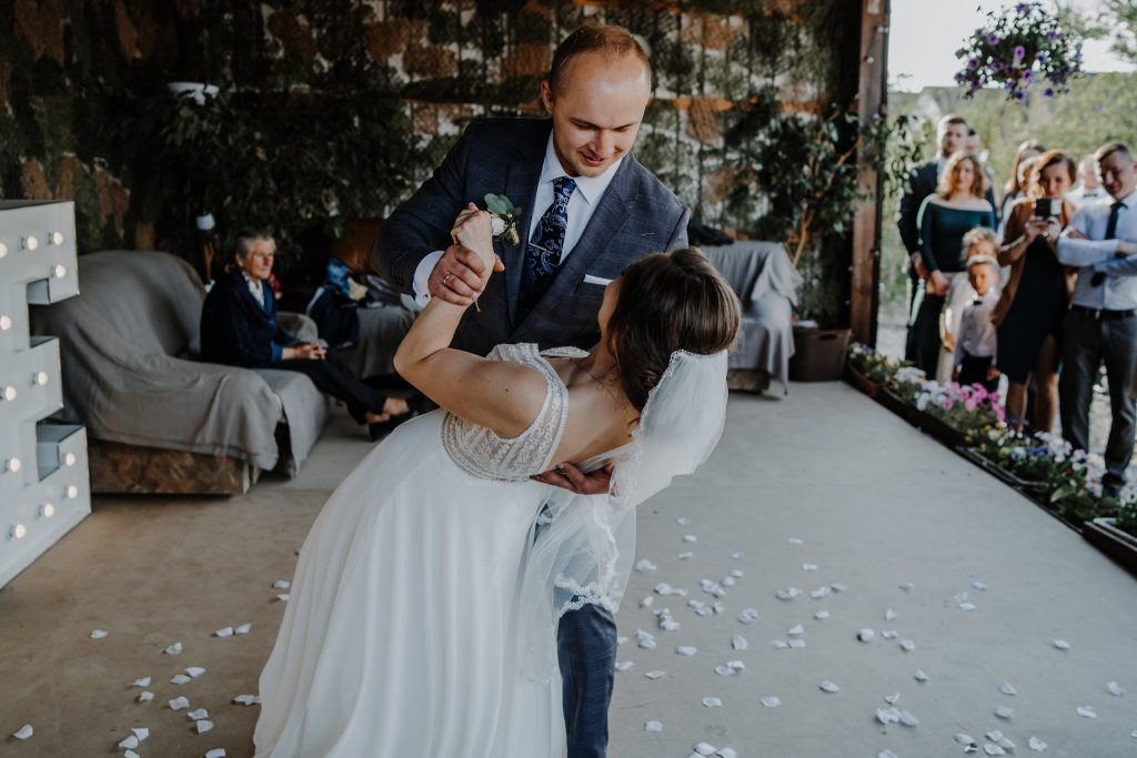 5 wesele rakowka reportaz slubny lubelskie 118 1024x683 - Wesele w stodole Biłgoraj | 15.05.2021