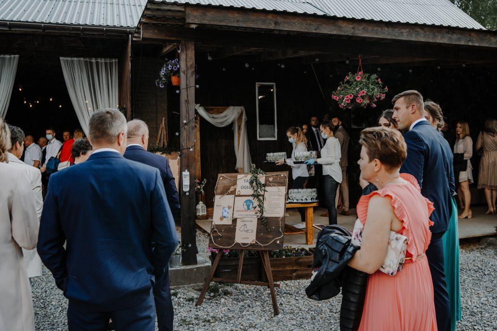 5 wesele rakowka reportaz slubny lubelskie 23 1024x683 - Wesele w stodole Biłgoraj | 15.05.2021