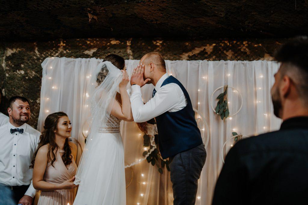5 wesele rakowka reportaz slubny lubelskie 256 1024x683 - Wesele w stodole Biłgoraj | 15.05.2021