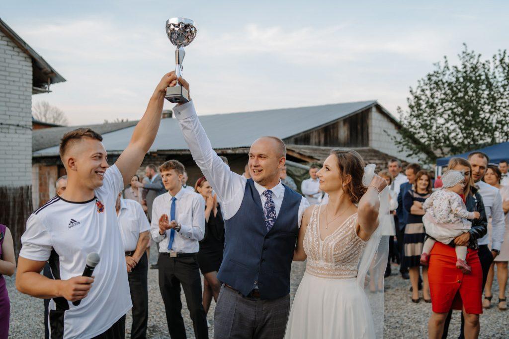 5 wesele rakowka reportaz slubny lubelskie 289 1024x683 - Wesele w stodole Biłgoraj | 15.05.2021