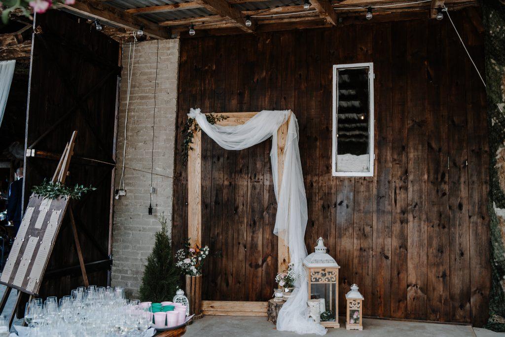 5 wesele rakowka reportaz slubny lubelskie 3 1024x683 - Wesele w stodole Biłgoraj | 15.05.2021