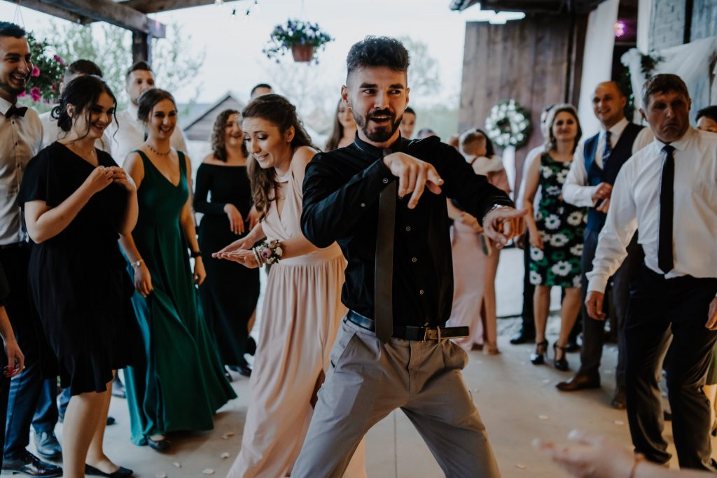 5 wesele rakowka reportaz slubny lubelskie 355 1024x683 - Wesele w stodole Biłgoraj | 15.05.2021