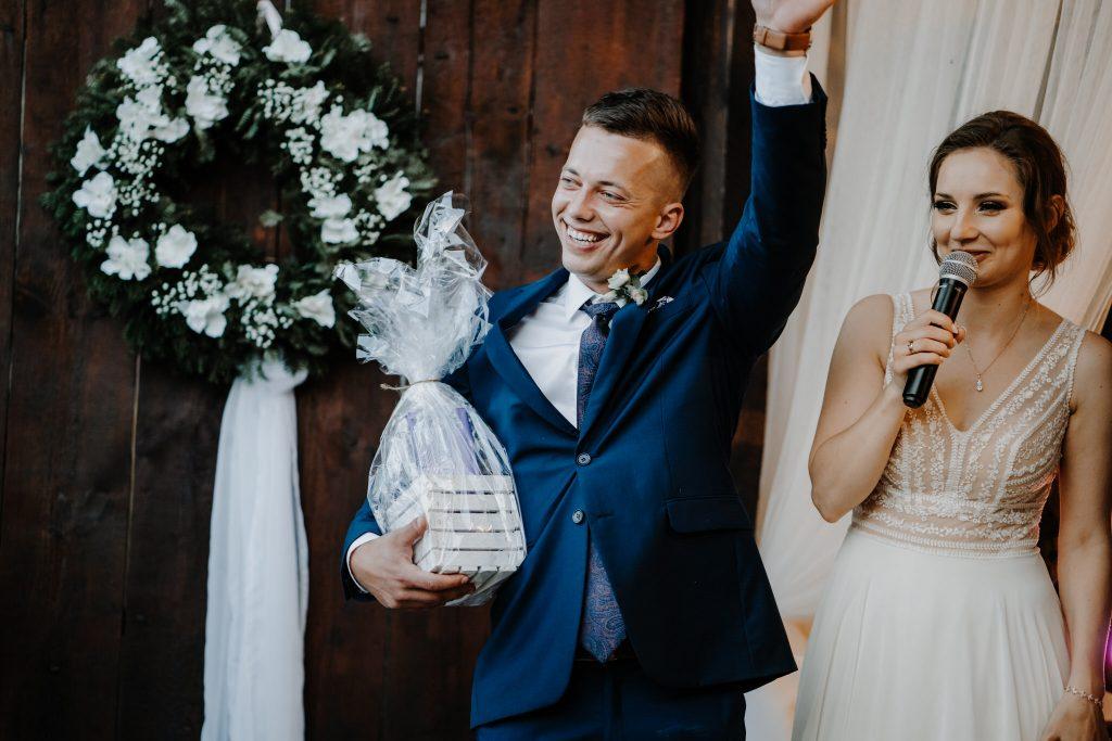 5 wesele rakowka reportaz slubny lubelskie 370 1024x683 - Wesele w stodole Biłgoraj | 15.05.2021