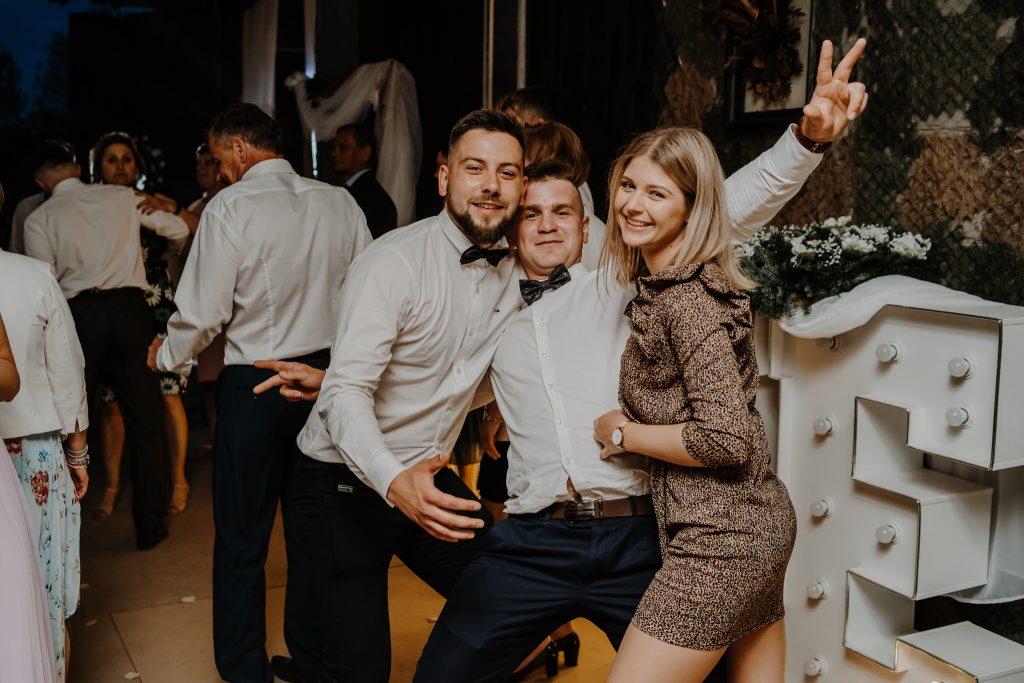 5 wesele rakowka reportaz slubny lubelskie 397 1024x683 - Wesele w stodole Biłgoraj | 15.05.2021