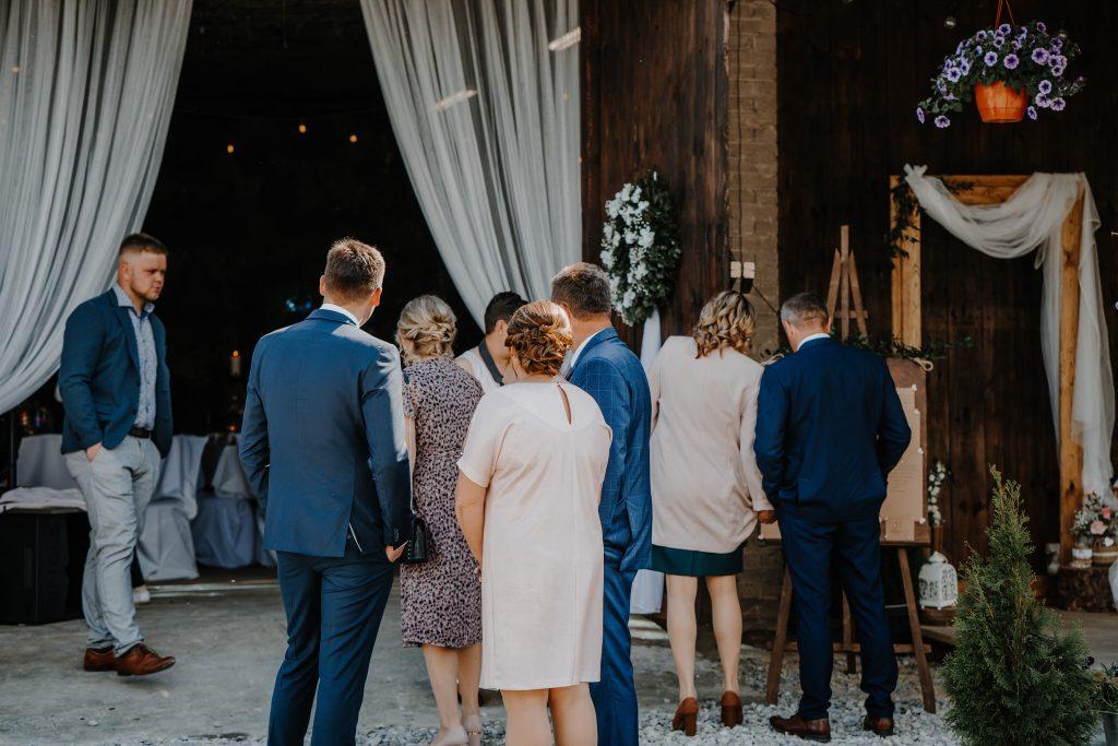 5 wesele rakowka reportaz slubny lubelskie 4 1024x683 - Wesele w stodole Biłgoraj | 15.05.2021