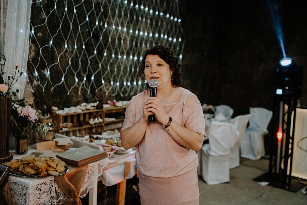 5 wesele rakowka reportaz slubny lubelskie 527 1024x683 - Wesele w stodole Biłgoraj | 15.05.2021