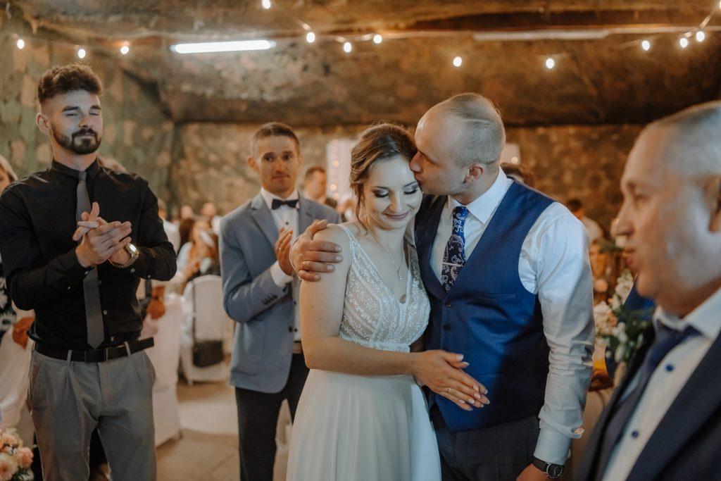 5 wesele rakowka reportaz slubny lubelskie 529 1024x683 - Wesele w stodole Biłgoraj | 15.05.2021