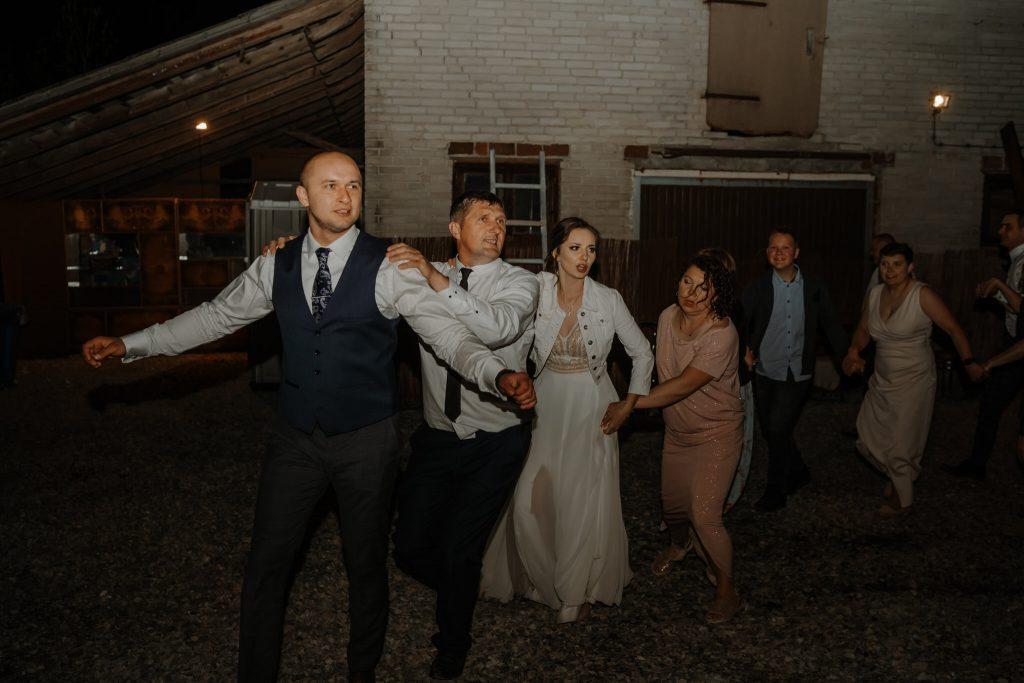 5 wesele rakowka reportaz slubny lubelskie 542 1024x683 - Wesele w stodole Biłgoraj | 15.05.2021