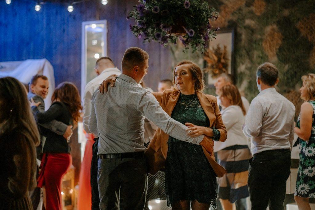 5 wesele rakowka reportaz slubny lubelskie 578 1024x683 - Wesele w stodole Biłgoraj | 15.05.2021
