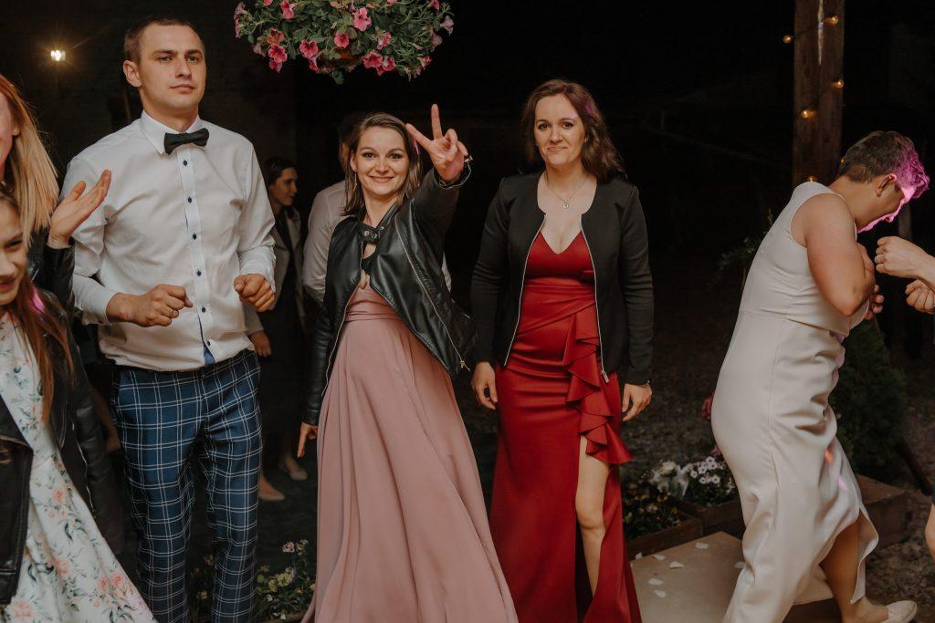 5 wesele rakowka reportaz slubny lubelskie 588 1024x683 - Wesele w stodole Biłgoraj | 15.05.2021