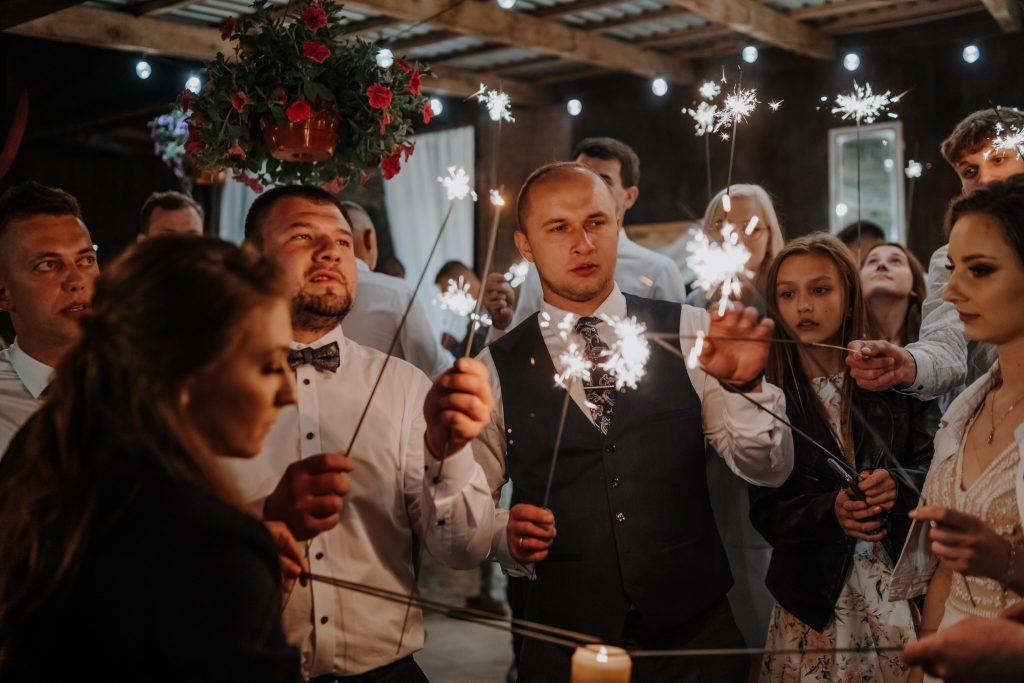 5 wesele rakowka reportaz slubny lubelskie 595 1024x683 - Wesele w stodole Biłgoraj | 15.05.2021