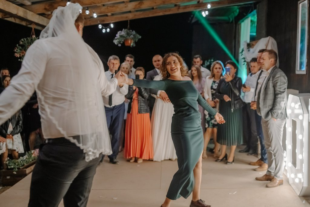 5 wesele rakowka reportaz slubny lubelskie 630 1024x683 - Wesele w stodole Biłgoraj | 15.05.2021