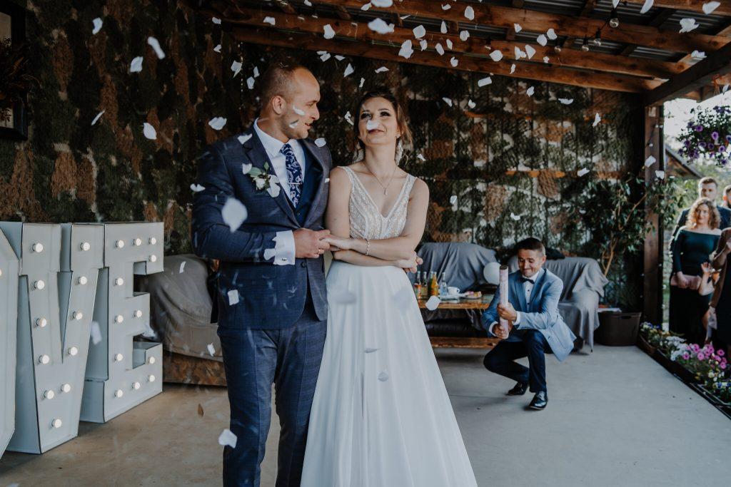 5 wesele rakowka reportaz slubny lubelskie 99 1024x683 - Wesele w stodole Biłgoraj | 15.05.2021
